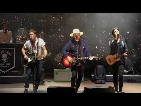 NEEDTOBREATHE: Clear Acoustic —  At Red Rocks 2017
