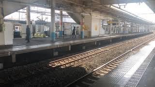 東京メトロ13000系東武鉄道南栗橋駅発車シーン