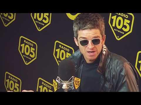 """[ITA] Noel Gallagher funny interview on Radio 105: """"L'Italia non ha senso con la pioggia"""""""