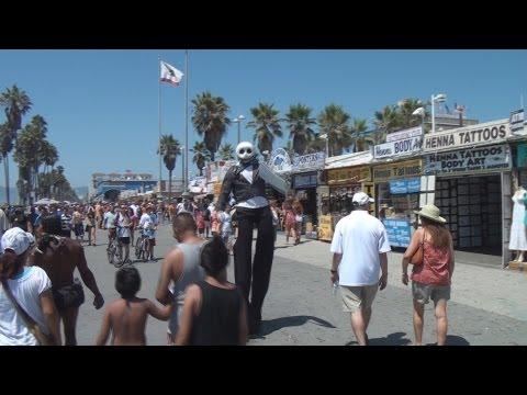 Venice Beach California; The Weekend Rush Raw & Uncut