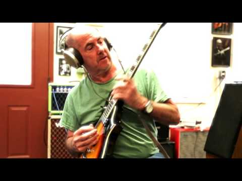 Henry Kaiser - Tribute to Pete Cosey [using the Eastwood 1975 Morris Custom guitar