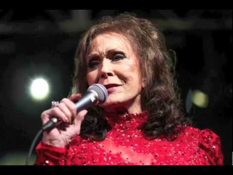 Country Artists Send Loretta Lynn Well Wishes During CMA Fest