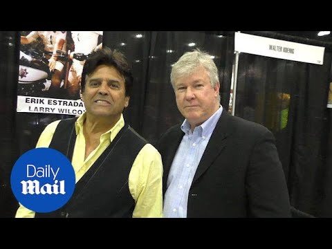Actors Erik Estrada and Larry Wilcox greet  and take pics  Daily Mail