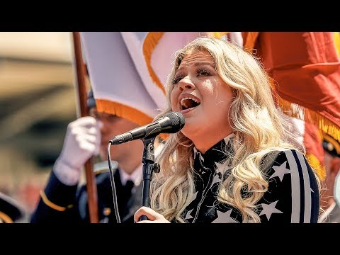 Mark - Kelly Clarkson set to sing the Anthem at the Indy 500 again this year