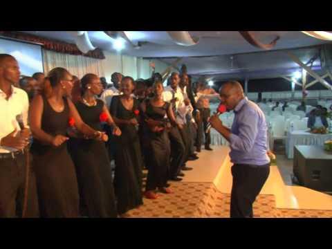 Gisubizo Buja & Kigali werekane imirimo yawe in Guerison des Ames