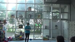 1年生によるディアボロの演技です。 湘南高校アルコーブにて。