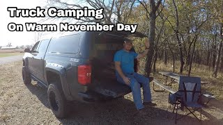Truck Camping On Wąrm November Day In Kansas