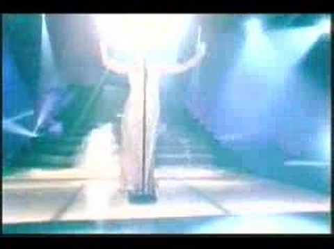 Shirley Bassey - History Repeating