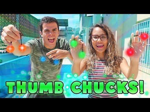 A NOVA FEBRE! - DESAFIO THUMB CHUCKS! - KIDS FUN