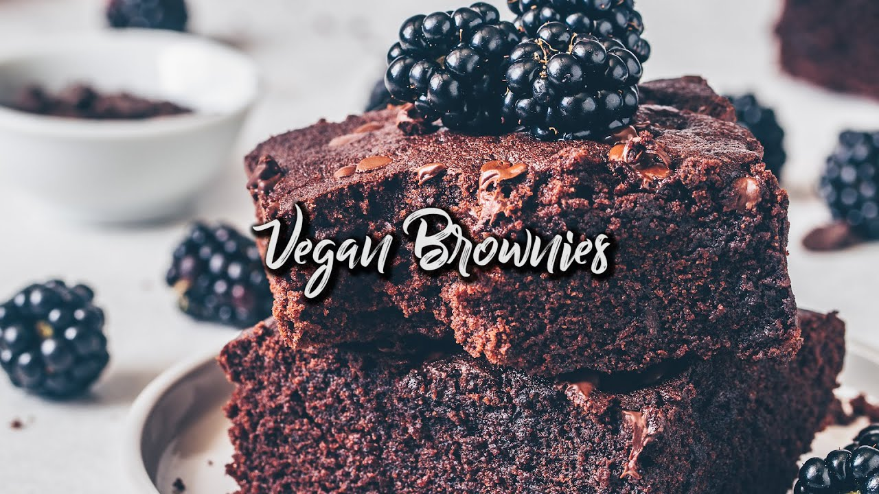 Best Vegan Brownies Recipe - easy, fudge & moist