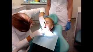 Удаление молочного зуба(Удаление молочного зуба за 3 минуты., 2012-09-18T17:55:15.000Z)