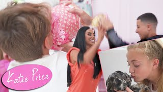 KATIE PRICE: PRINCESS'S BIRTHDAY (CAKE FIGHT!)