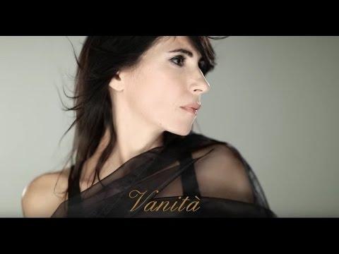 """Giorgia """"Vanità"""" (con testo)"""
