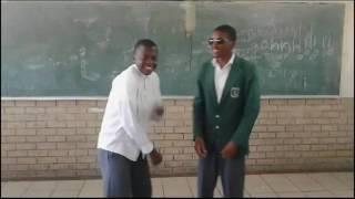 uMqhele Comprehensive School Nathi Imibuzo Crazy dance