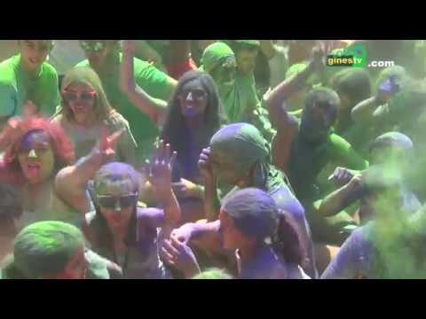 """""""The Color Party"""" llega de nuevo a la Feria de Gines para inundarlo todo de colores y diversión"""