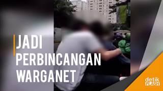 Download Video Video 2 Pria Bermesraan di Jalan Jadi Perbincangan di Medsos! MP3 3GP MP4
