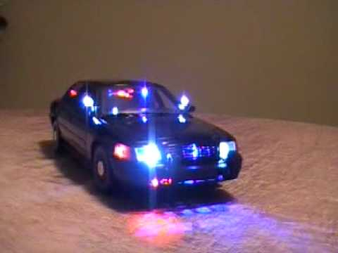 Led Lights For Cars >> 1/18 Very Rare Police UnderCover FBI WORKING Lights - YouTube