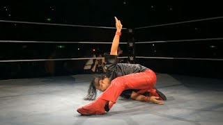 Download Video Shinsuke Nakamura gets a hero's welcome in his Japan homecoming MP3 3GP MP4