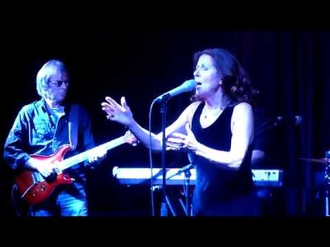 Elkie Brooks - Lilac Wine - Nells Jazz & blues, London - September 2015