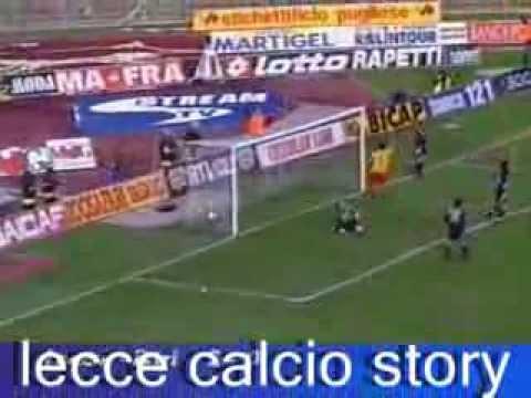 I gol, di culo e su rigore, di Cristiano Lucarelli in LECCE-Bari 2 a 0 del 19 novembre 2000