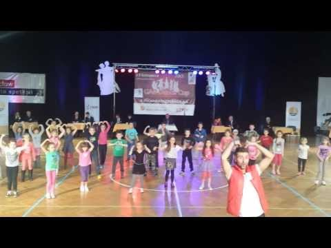 RM Dance - Chucucha - KIDS Videos De Viajes