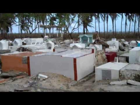 The cementary in Hernani after Typhoon Haiyan/Yolanda