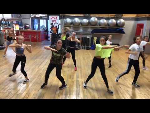 Chorée Hip Hop Pas à Pas Par Célia  à Viva Fitness Lunel