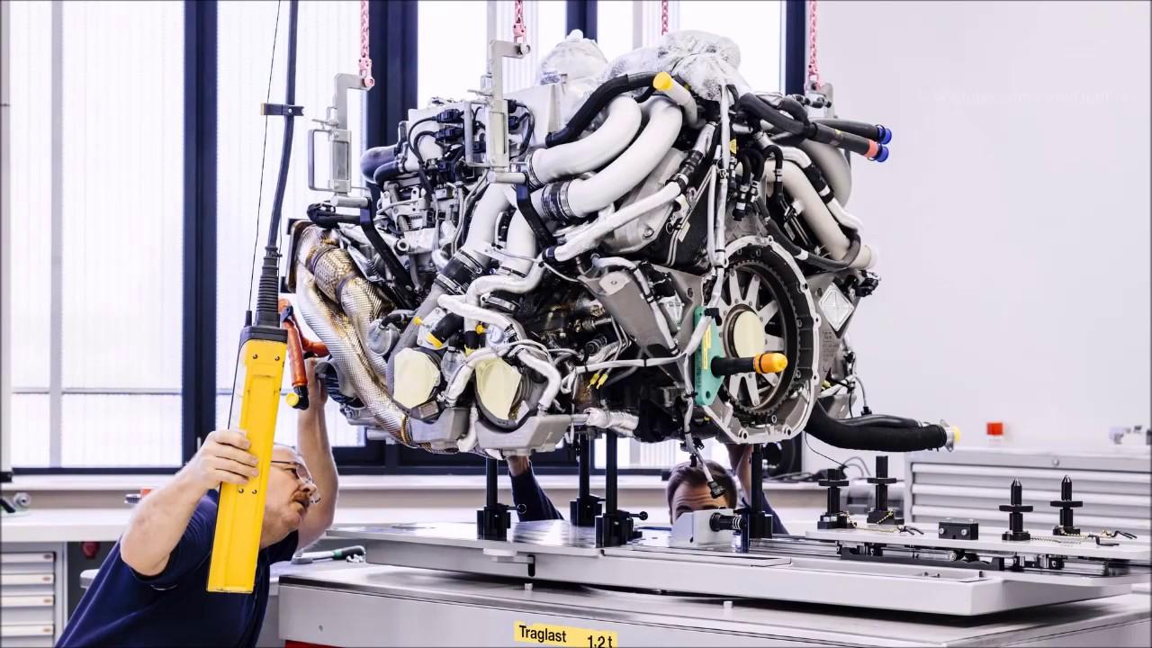 Как собирают гиперкар Bugatti Chiron за 2,5 млн долларов