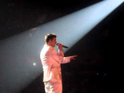 Backstreet Boys - Drowning at Mohegan Sun arena