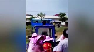 POLICE BEAT FARMERS DEFENDING THEIR RIGHTS Ⅰ