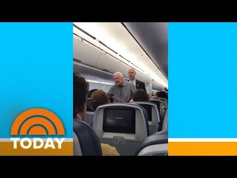 Jimmy Carter Shakes Hands With Every Passenger On Flight | TODAY