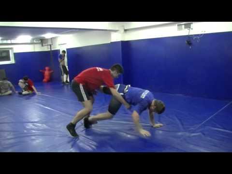 Проходы в ноги,мастер спорта,и кмс  80кг вес каждого (вольная борьба). Freestyle Wrestling Training