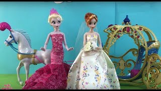 Frozen Wedding Anna + Kristoff get married! Elsa bridesmaid + Disney Princesses Dolls Movie!