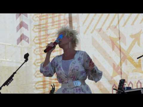 Lorrie Morgan at CMA Fest Riverfront Stage 2016