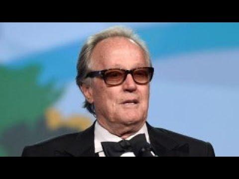 Mike Huckabee: Peter Fonda should be arrested