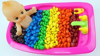 learn colors baby doll bath time with m s chocolate kids videos for toddlers