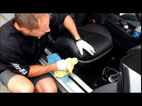 detailing a car auto interior cracks and crevices doovi. Black Bedroom Furniture Sets. Home Design Ideas