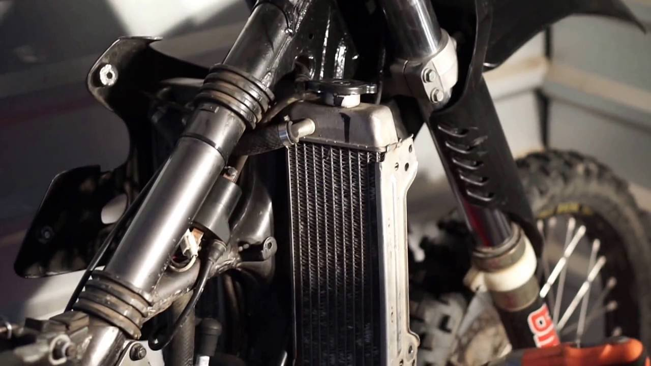 1997 RM 125 Ignition Coil Repair - The Bike Corner - YouTube