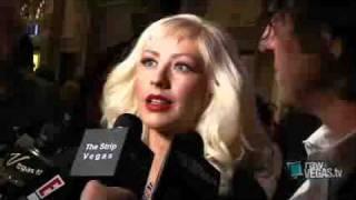 Christina Aguilera - Entrevista TAO Stephen Webster Las vegas - Raw Redcarpet (29.May.09)