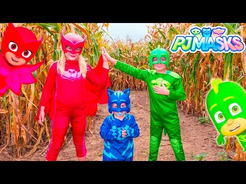 PJ MASKS Assistant Owlette and Gekko Batboy LOST In a Corn Maze Adventure Video
