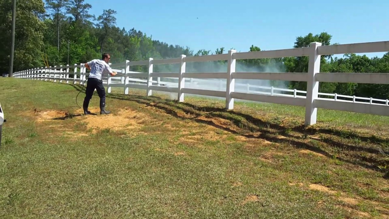 This is a great way to clean vinyl fencing youtube this is a great way to clean vinyl fencing baanklon Choice Image