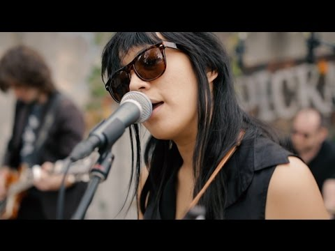 Thao & The Get Down Stay Down - Departure - Slab Sessions @Pickathon 2016 S02E02