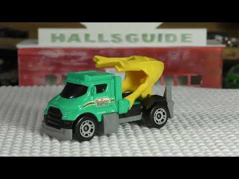 2017 Matchbox M Case #31 - Tree Lugger - New Model