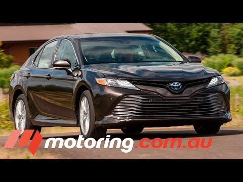 2017 Toyota Camry Hybrid Review | motoring.com.au
