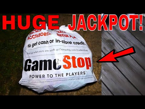 HUGE JACKPOT!!! Gamestop Dumpster Diving Night #535