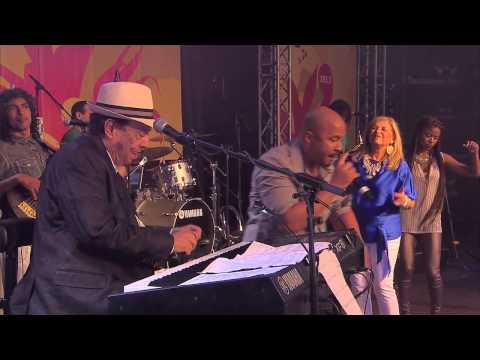 Sergio Mendes - Mas Que Nada (Live @ Summerstage 2014)