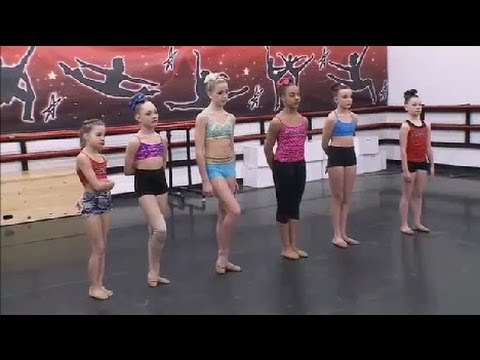 Dance Moms Pyramid; (Season 4, Episode 11) - YouTube