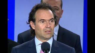 """""""Petro parece como si no se hubiera desmovilizado"""": alcaldes enfrentados por críticas del senador"""