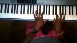 israel houghton-Alpha and Omega piano  breakdown by taklingfingers