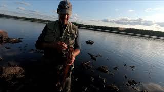 Рыбалка на лесном озере в Карелии